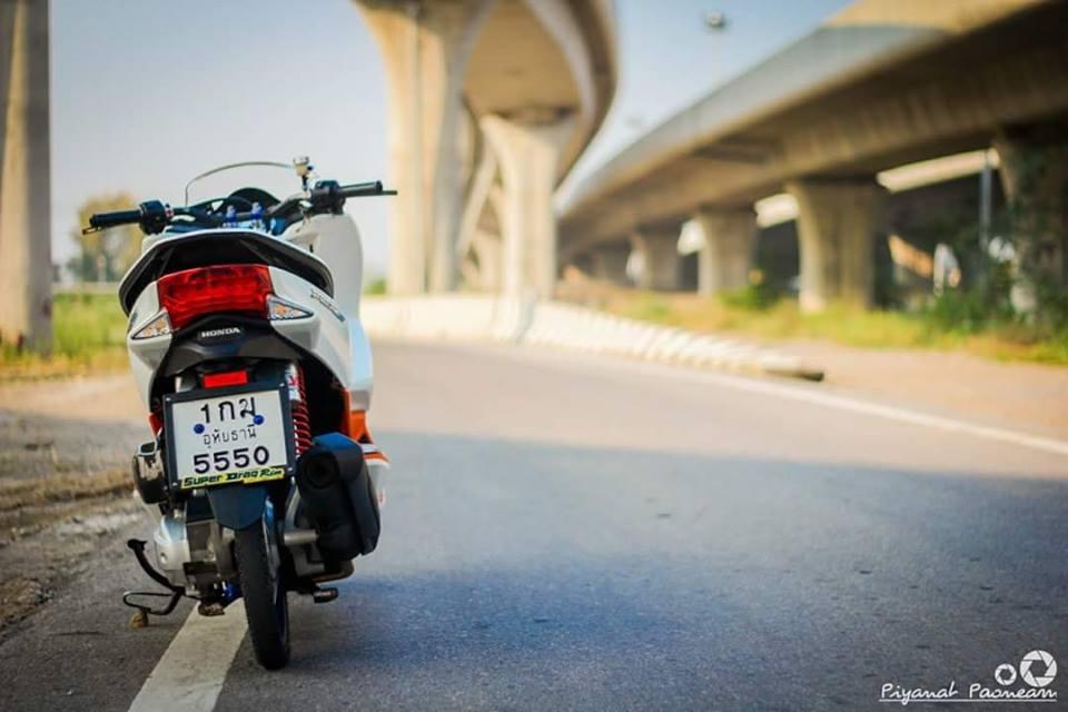 PCX 150 do Drag tao dang ben con duong cao toc cua biker Thailand - 11