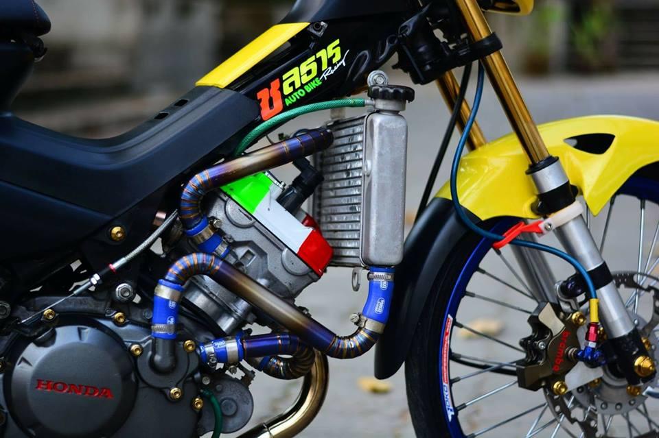 Sonic 125 do chat lu mang ve dep hien dai cua biker nuoc ban