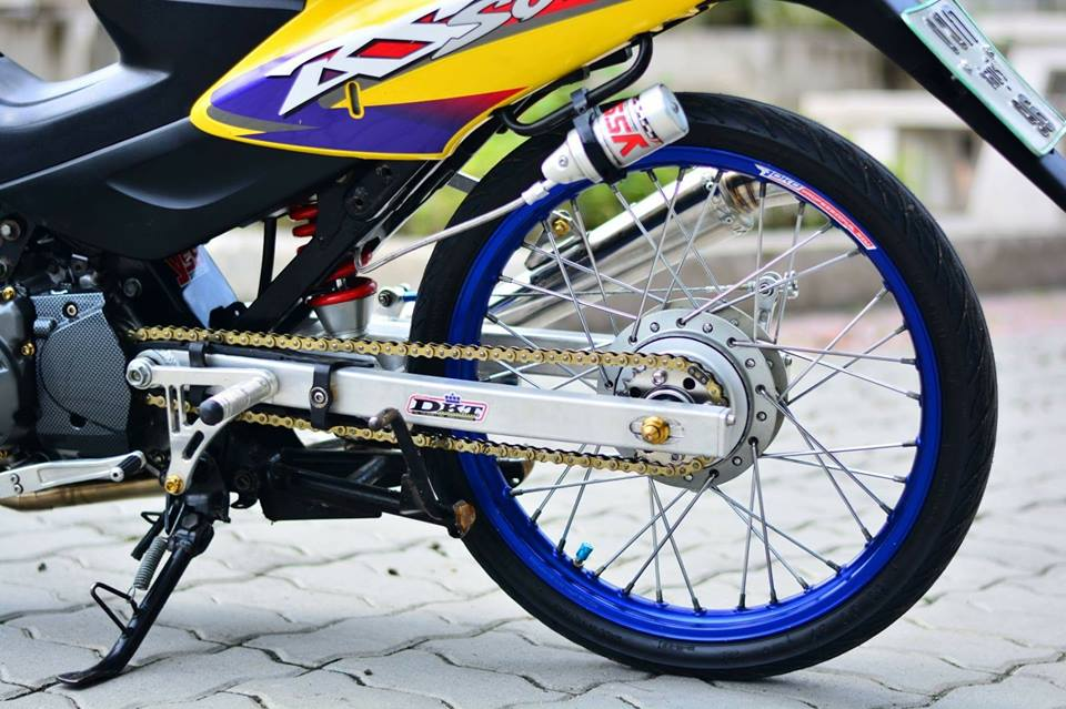Sonic 125 do chat lu mang ve dep hien dai cua biker nuoc ban - 8