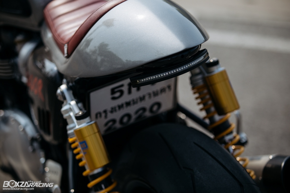 Triumph Thruxton R chan dung hoan hao tu Cafe Racer Legend - 13