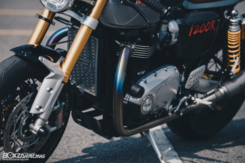 Triumph Thruxton R chan dung hoan hao tu Cafe Racer Legend - 15