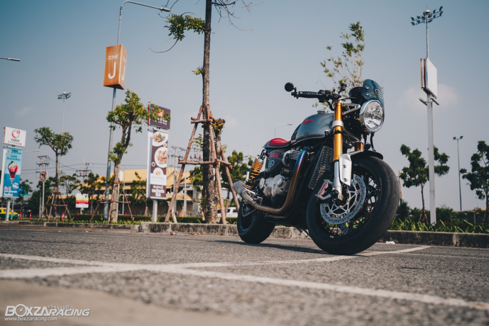 Triumph Thruxton R chan dung hoan hao tu Cafe Racer Legend - 37