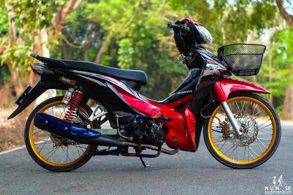 Wave 110 do thu hut moi anh nhin voi loat choi gia tri cua biker Thailand - 8