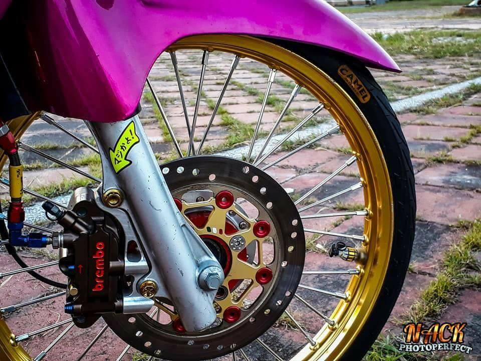 Wave 125i do mang ve dep tu tren troi roi xuong cua biker Thai - 7