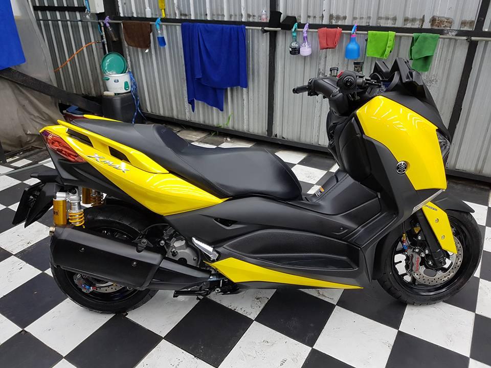 Yamaha XMAX 400 Gao vang dam chat choi den tu Biker Thai - 13