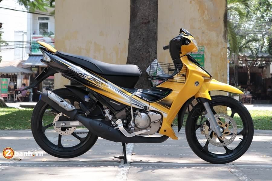 Can canh Yaz 125 2016 vua duoc dap thung tai Sai Gon - 2