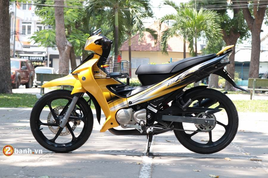 Can canh Yaz 125 2016 vua duoc dap thung tai Sai Gon - 8