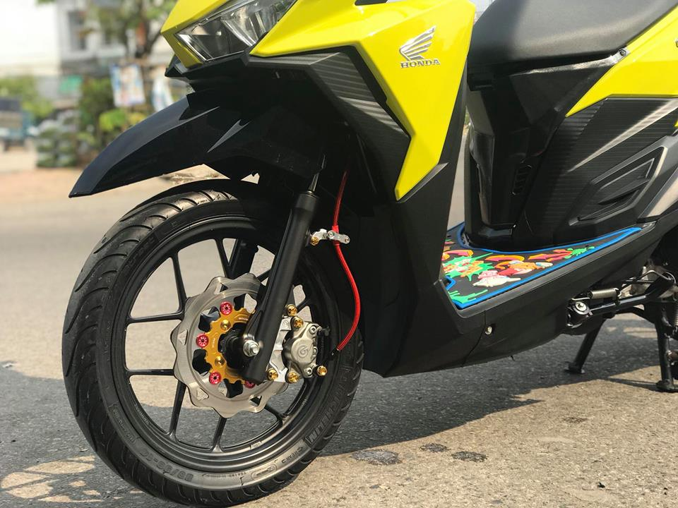 Click 125 do mang tone mau vang sporty noi bat cua biker An Giang - 4