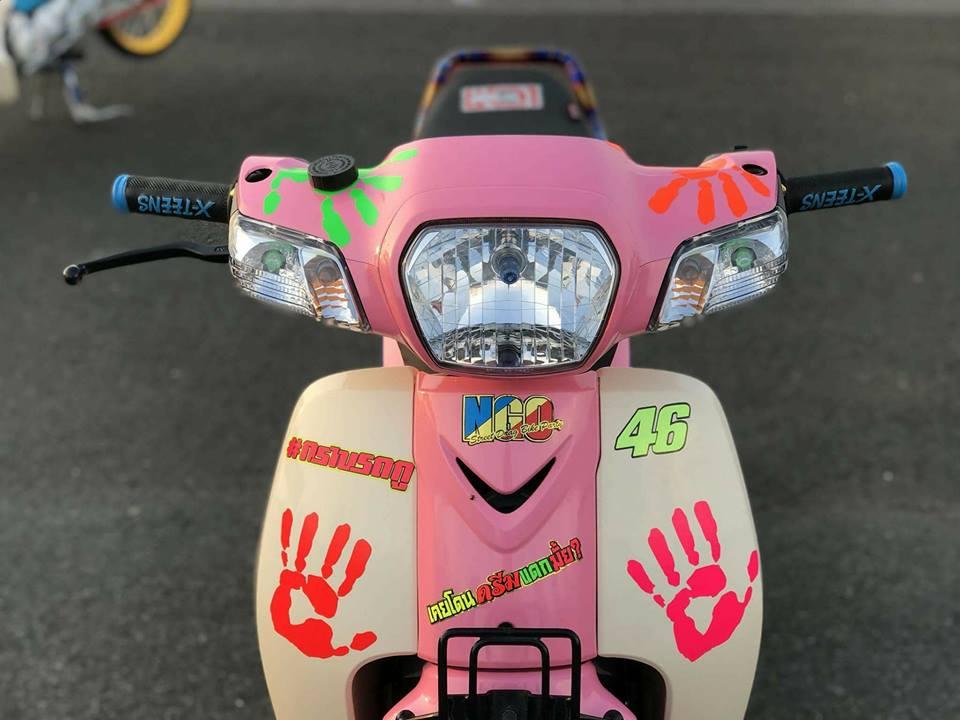 Cub Fi do gay an tuong nguoi xem voi dau tay nguoi bi an cua biker Thailand