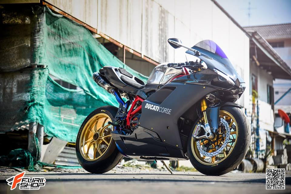 Ducati 848 Evo ve dep mien cuong tu Biker Thai