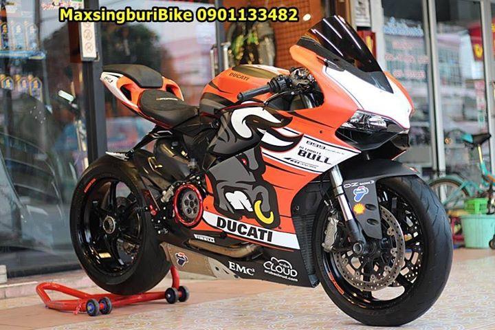 Ducati Panigale 899 ban do dam chat choi ben bo canh Redbull - 6