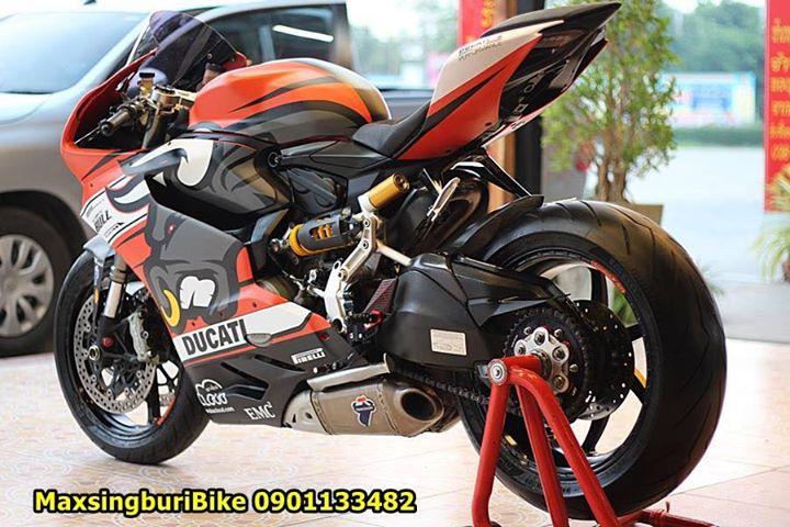Ducati Panigale 899 ban do dam chat choi ben bo canh Redbull - 10