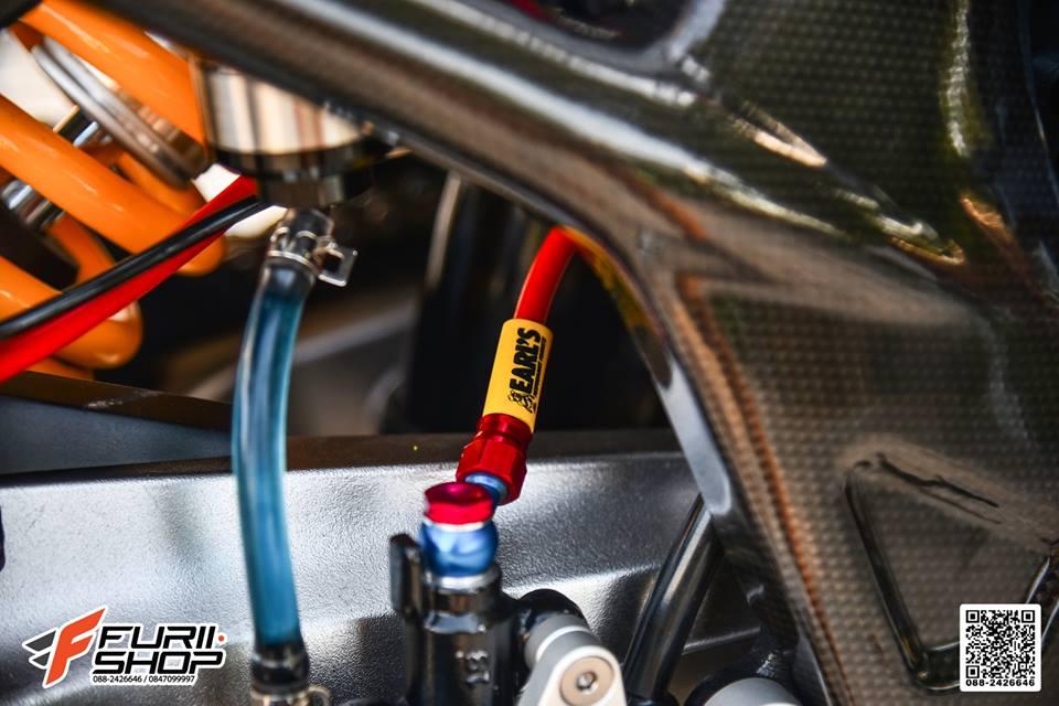Honda CB650F dac sac qua tong mau cam loe loet - 12