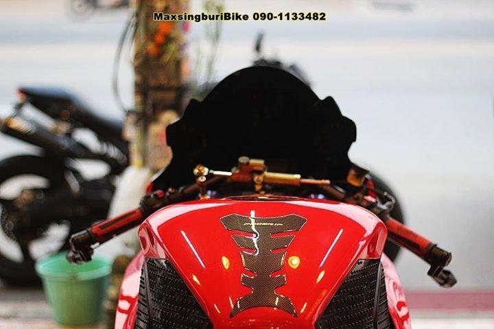 Honda CBR1000RR chan dung cuc chat do option Carbon fiber - 8