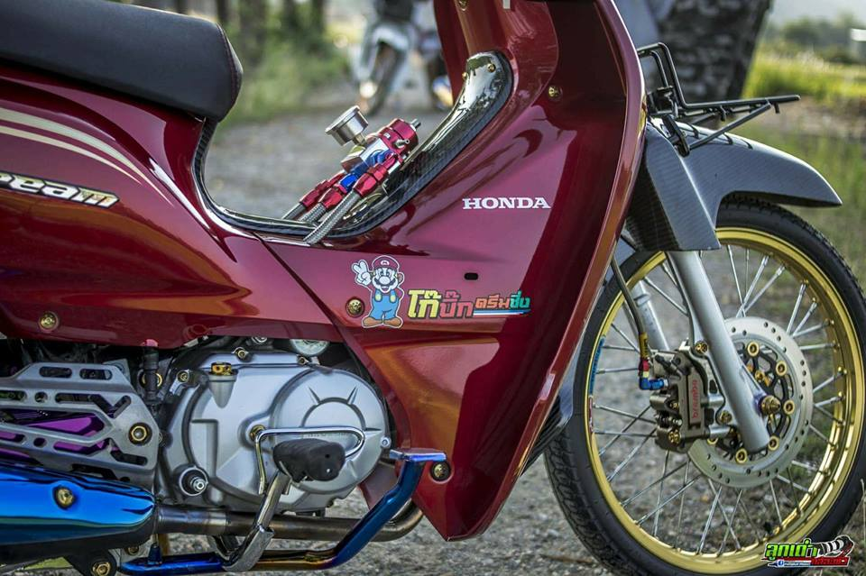 Honda Cub Fi do mang ve dep tim an den tu biker xu chua vang - 5