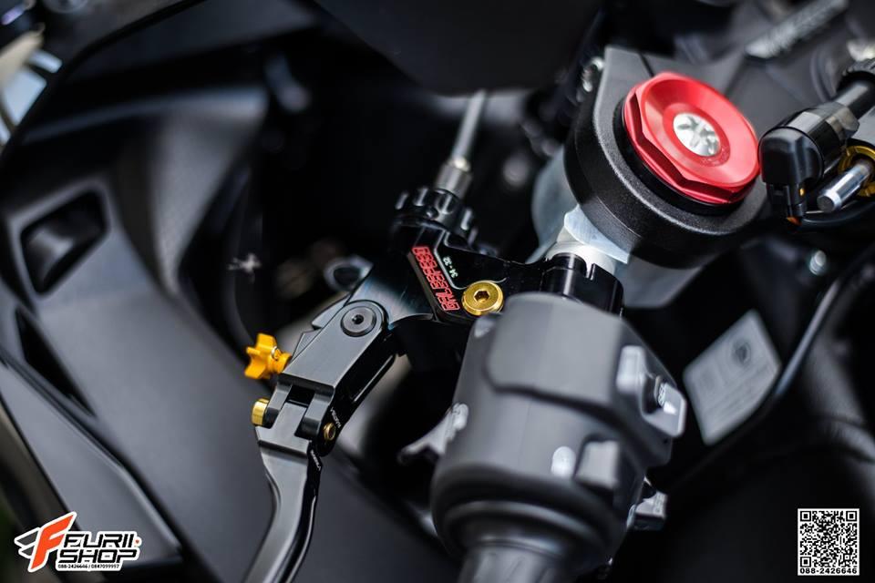 Kawasaki ZX10RR Chien than toc do nang cap hoan hao qua hinh phong full black - 4