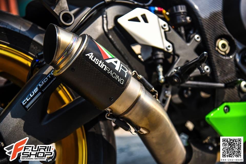 Kawasaki ZX10R tao dang cuc ngau ben dan chan Marchesini - 4