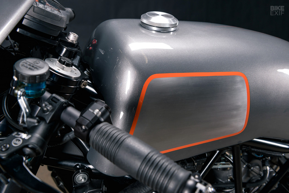 KTM Super Duke 990 do Cafe Racer kich doc - 6