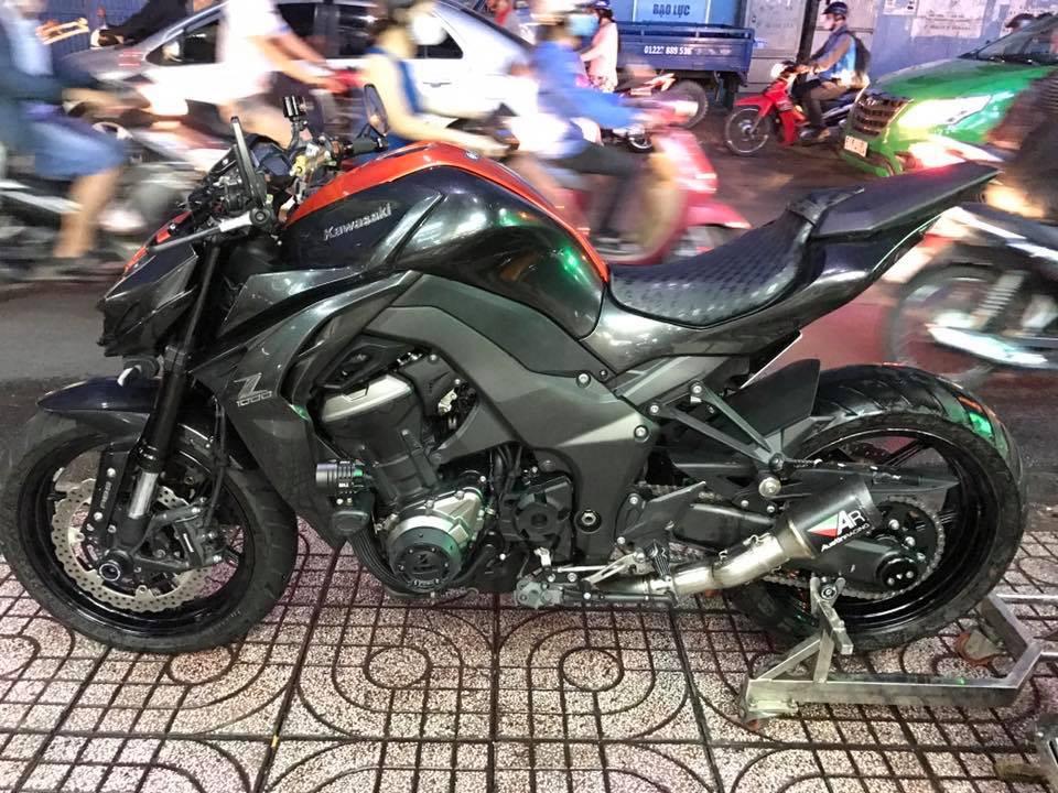 Z1000 2016 Abs pro xam cam dap thung 1 chu