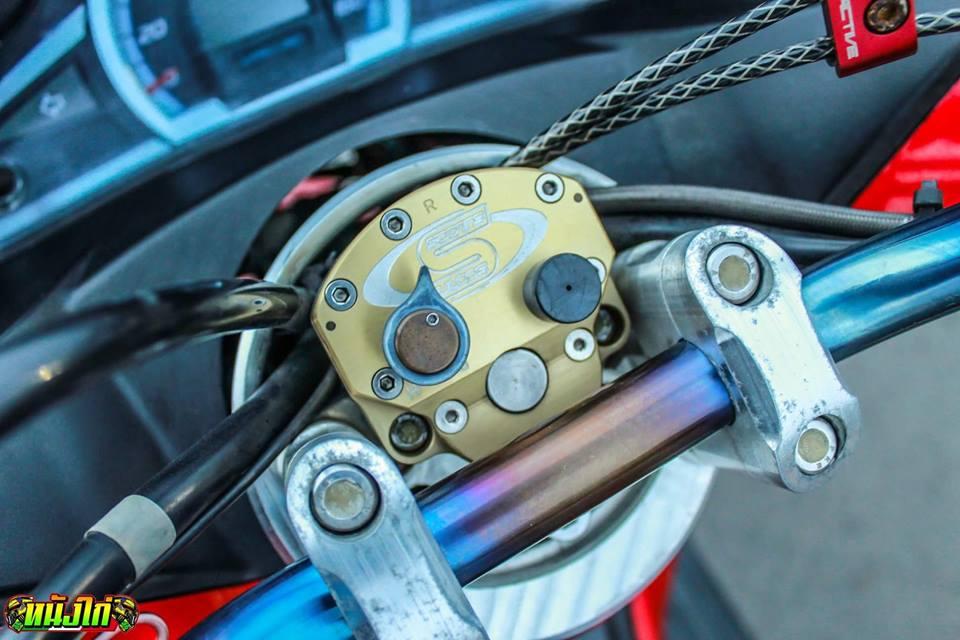 PCX 150 do an tuong voi dan chan cuc ben cua biker nuoc ban - 5