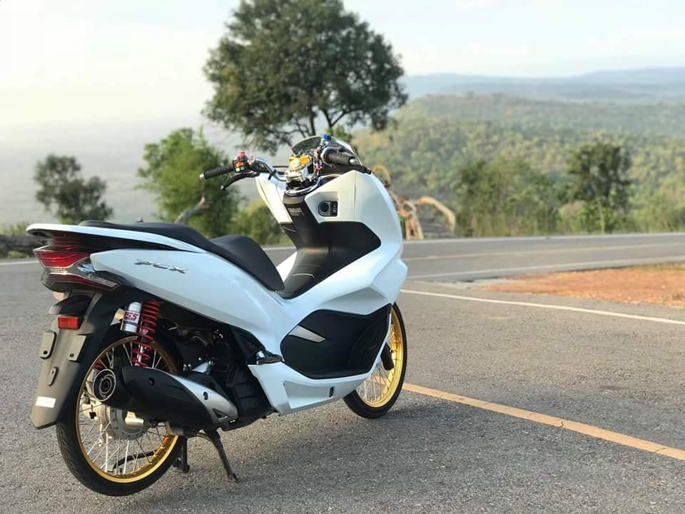 PCX 150 2018 do mang ve dep gian don cua biker xu chua vang - 9