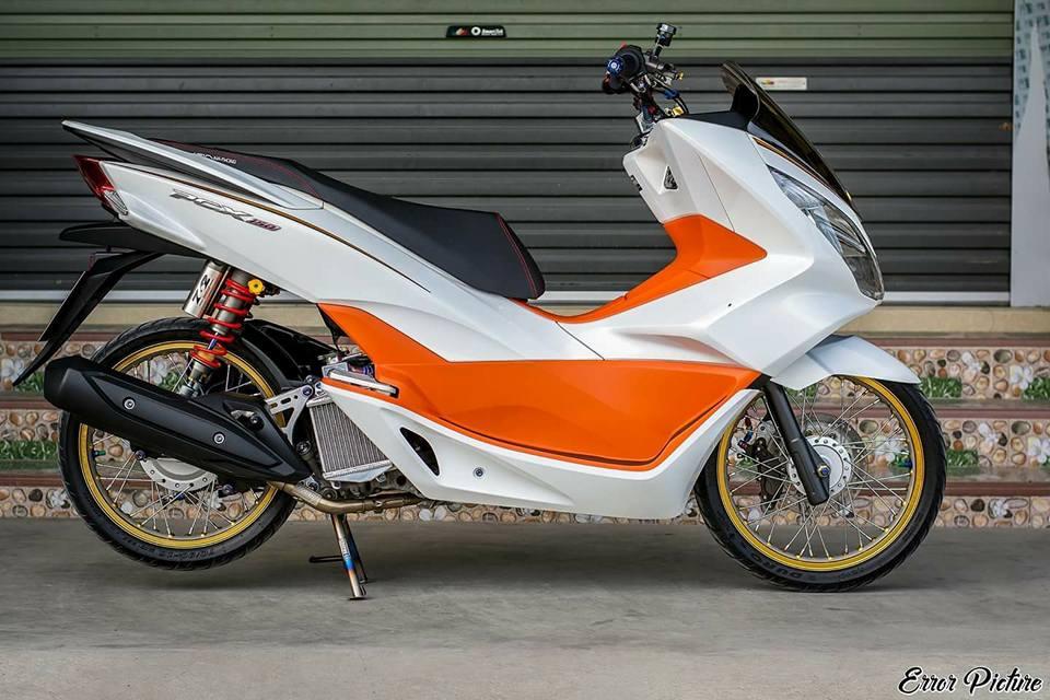 PCX 150 do mang ve dep tinh te day dang cap cua biker Thai - 3