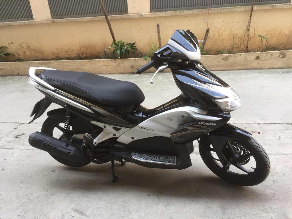 Rao ban Honda Airblade fi den bac chuan doi nguyen ban cuc chat - 6