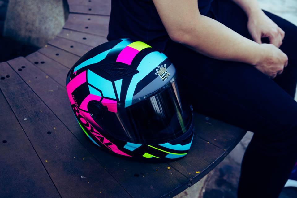 Royal Helmet Ha Noi Wow Wow RoyalM136 da dep nay con chat hon voi tem V20 moi nek ca nha oi - 3
