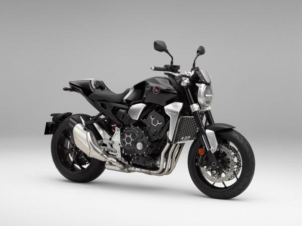So sanh Honda CB1000R vs Yamaha MT10 - 3