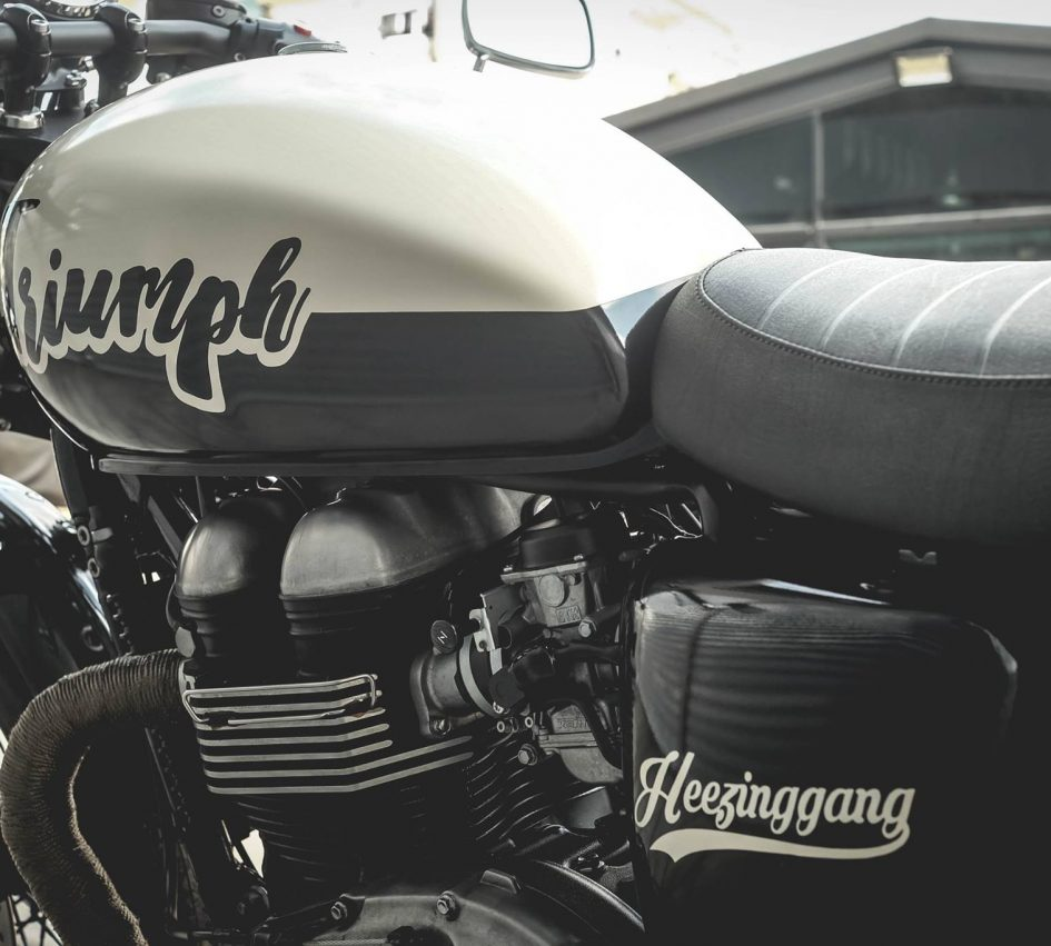 Triumph Thruxton 900 ban do Cafe Racer day cam hung - 6