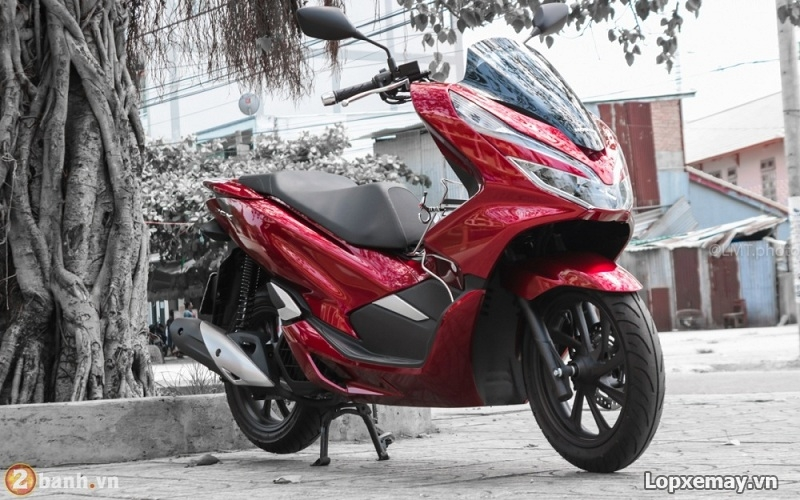 Vo xe PCX 2018 chon vo xe may Michelin hay vo xe may Dunlop