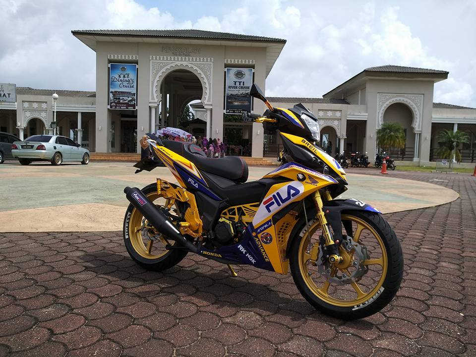 RS150 do voi option do choi tone vang choi loa cua biker Malaysia - 3