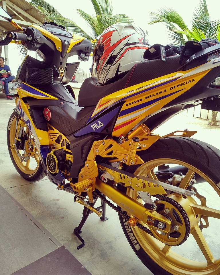 RS150 do voi option do choi tone vang choi loa cua biker Malaysia - 5