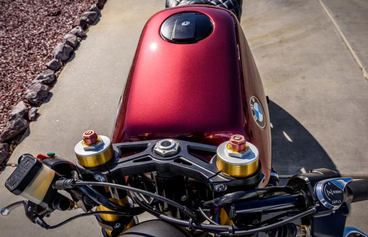 BMW K100 bien hoa tai tinh duoi ban tay cua Trevor Ditson - 5