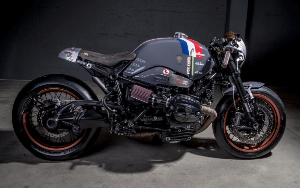 BMW R NineT ban do Cafe Racer den tu xuong do VTR Custom