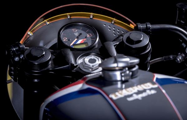 BMW R NineT ban do Cafe Racer den tu xuong do VTR Custom - 3