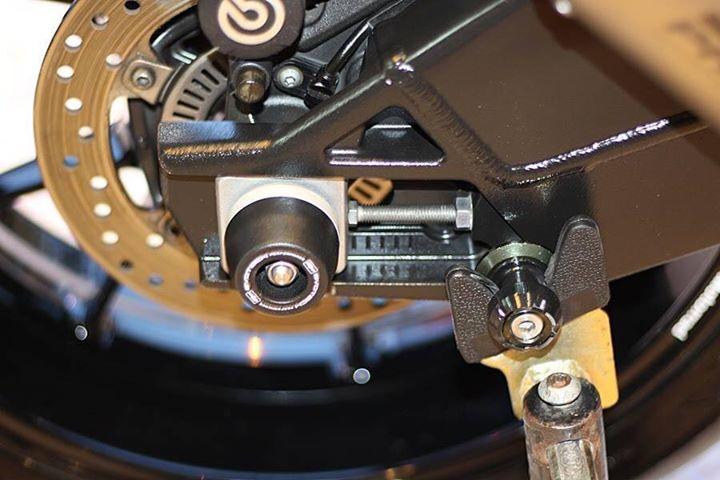 BMW S1000RR make up hoan thien voi option chi tiet - 18