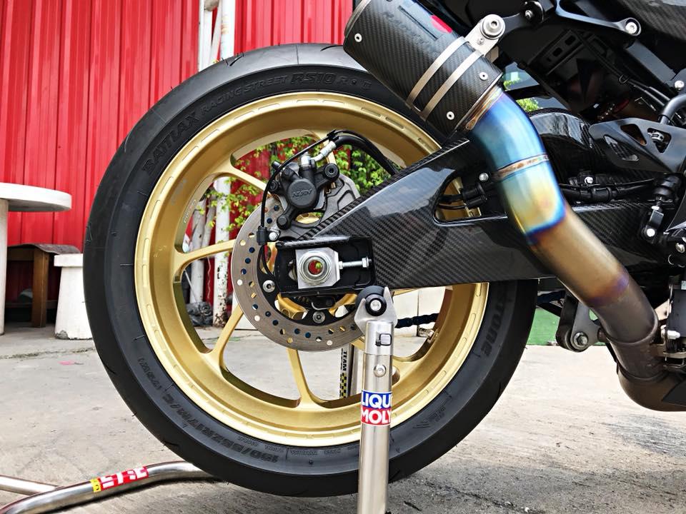 Chiem nguong dung nhan bong bay tu Superbike Suzuki GSXR1000 - 14