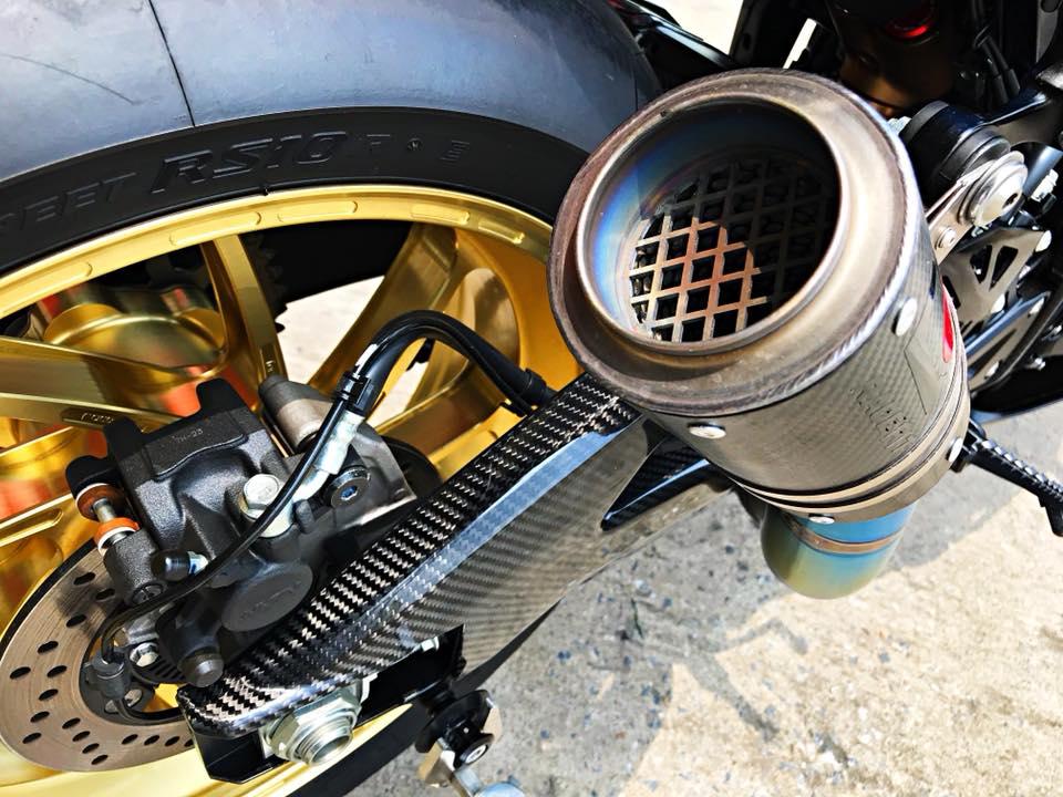 Chiem nguong dung nhan bong bay tu Superbike Suzuki GSXR1000 - 16