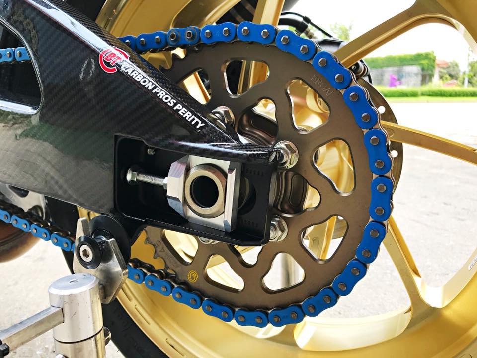 Chiem nguong dung nhan bong bay tu Superbike Suzuki GSXR1000 - 18