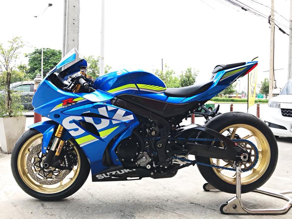 Chiem nguong dung nhan bong bay tu Superbike Suzuki GSXR1000 - 20