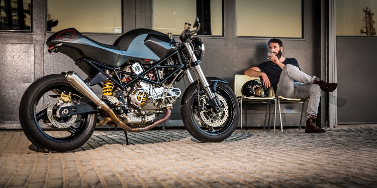 Ducati Monster 900ie Cafe Racer dam chat choi tu tay do Maarten Timmer - 7