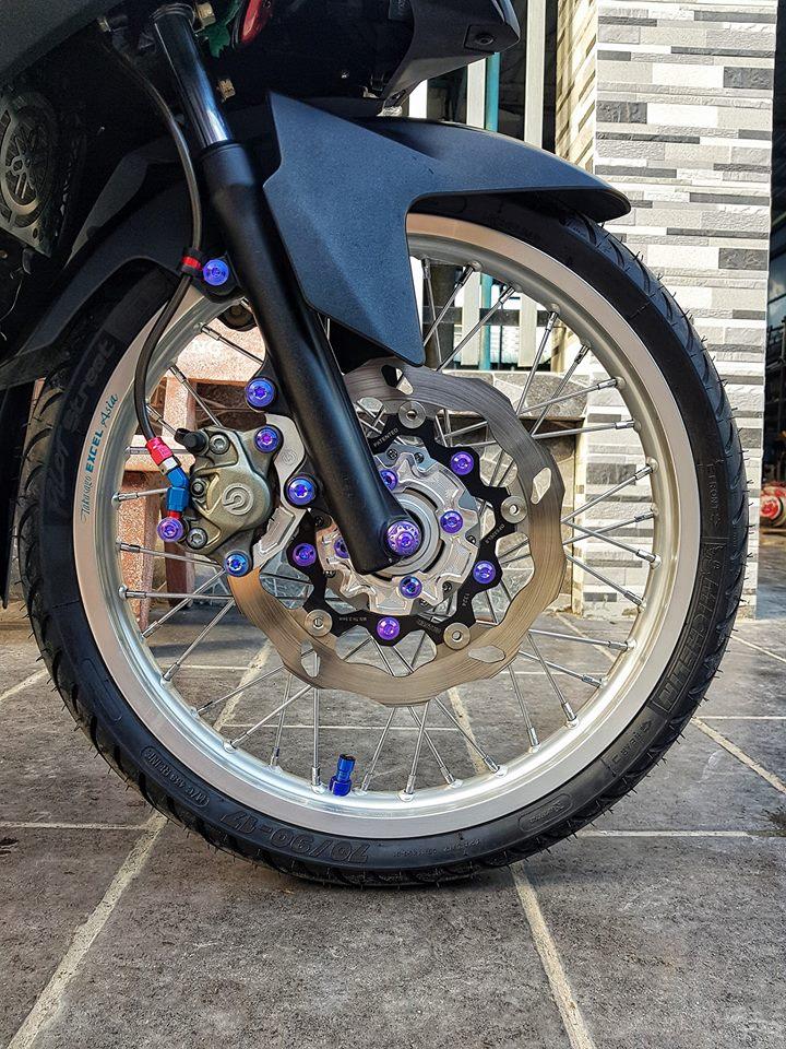 Exciter 150 do gay choang bang loat do choi cua chang Biker Viet - 4