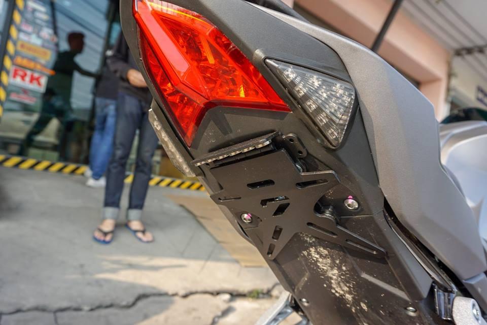 GPX Demon 150 GR do mang ve dep tinh te cua biker nuoc ban - 9