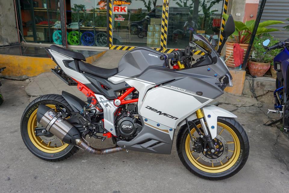 GPX Demon 150 GR do mang ve dep tinh te cua biker nuoc ban - 11