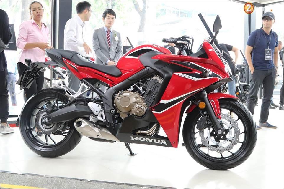 Honda CBR650F 2018 gia 2339 trieu VND ra mat tai Showroom Honda Motor Viet Nam - 17