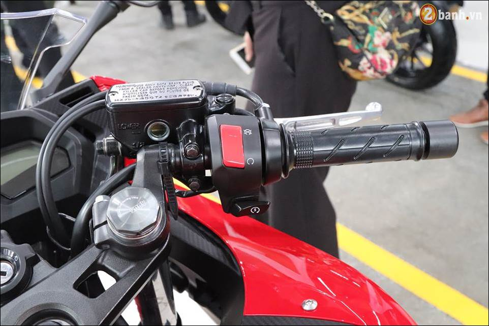 Honda CBR650F 2018 gia 2339 trieu VND ra mat tai Showroom Honda Motor Viet Nam - 7
