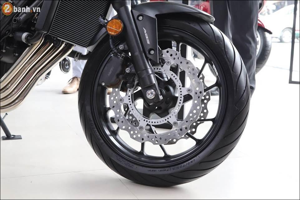Honda CB650F 2018 co gia 2259 trieu VND ra mat tai Showroom Honda Moto Viet Nam - 9
