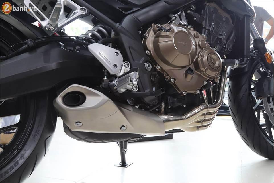 Honda CB650F 2018 co gia 2259 trieu VND ra mat tai Showroom Honda Moto Viet Nam - 12