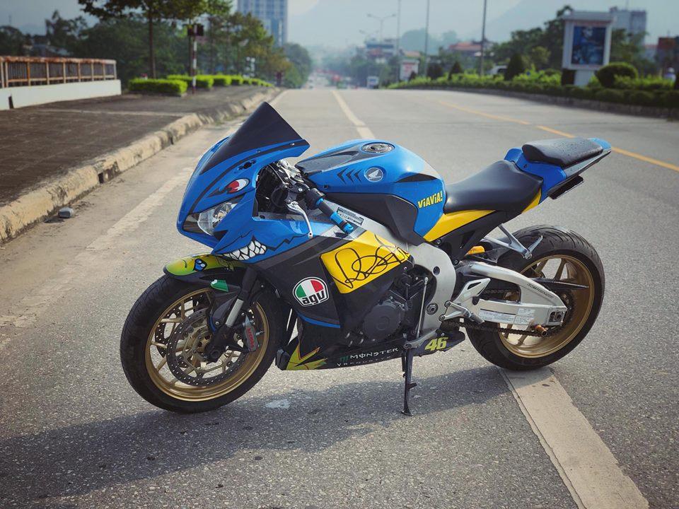 Honda CBR1000RR do khac biet cung bo canh Ca map AGV Pista Misano - 8